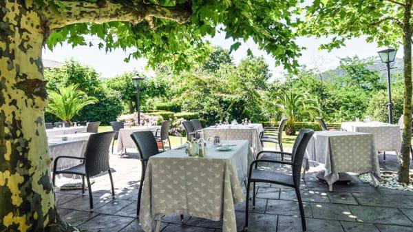 Terrasse - Les Jardins de Bakea, Biriatou