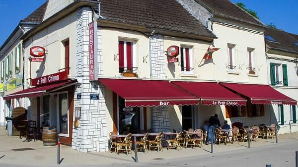 Devanture - Le Petit Chinon, Quincy-Voisins