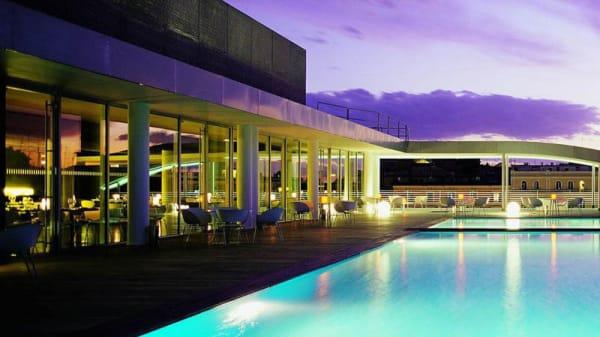 Terrazza - Sette Rooftop Restaurant & Pool, Rome