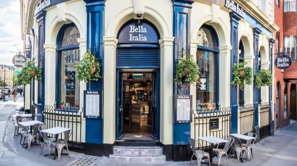 Entrance - Bella Italia - St Martins Lane, London