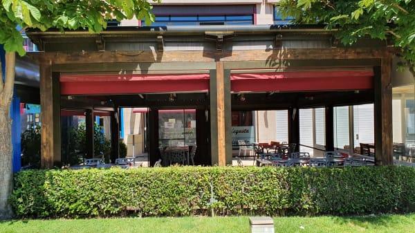 Terraza externa - Restaurante DeGusta, Pozuelo de Alarcón