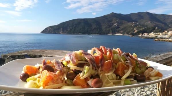 Insalata siciliana - Cinque, Moneglia