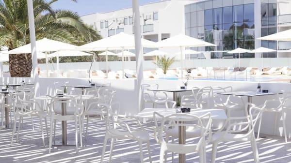 Vista terraza - Carmen by Blanco Hotel, Es Pujols