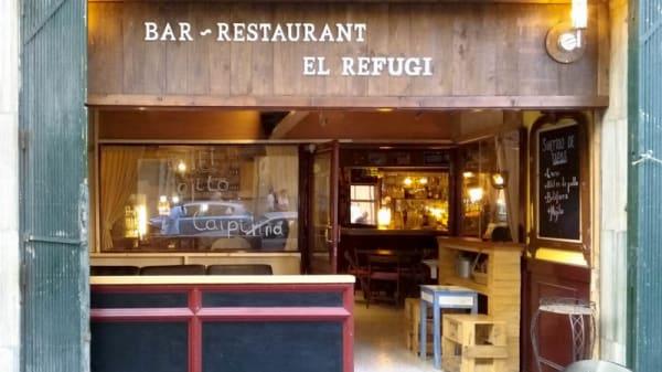 Refugi - Refugi, Barcelona