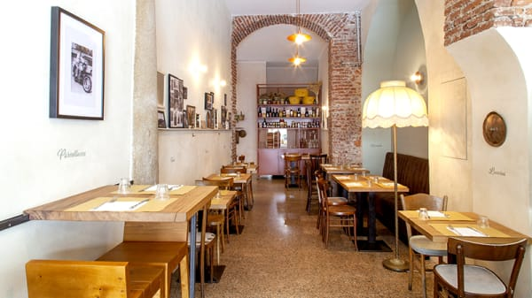 La sala - Orianna, Milan