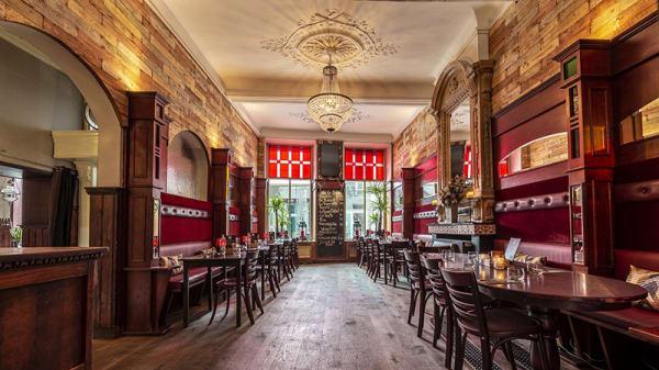 Bekijk het restaurant van binnen - Het Groote Genoegen, Den Bosch