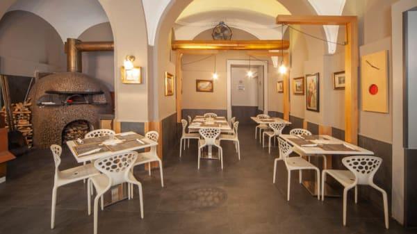 Vista sala - Pizzeria Michele via Martucci, Napoli