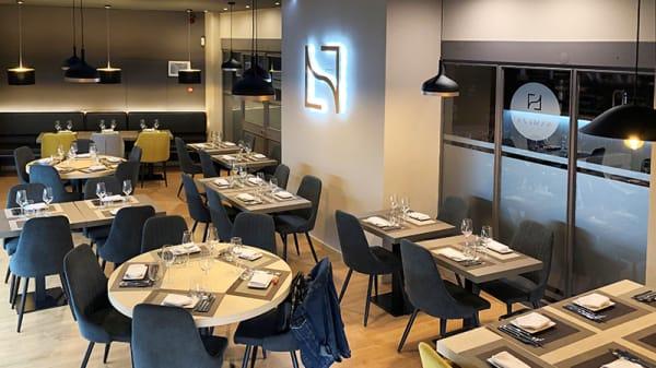 Sala - • NAMEZA • Steakhouse Lounge, Estoril