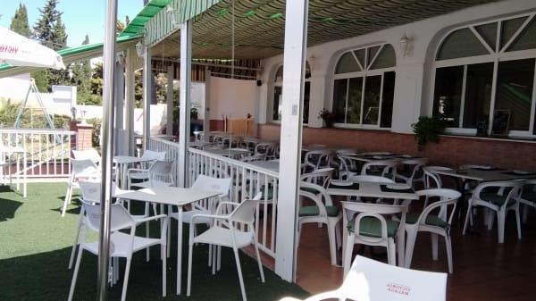 Terraza - Restaurante Colinas del Faro, Las Lagunas de Mijas