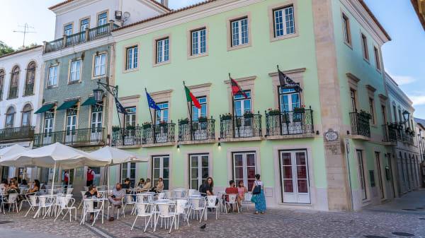Restaurante Praça by Hotel República, Tomar