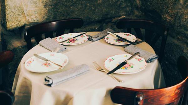 Detalle mesa - Taberna Bandido, Madrid