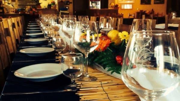 Particolare tavolo - Agriturismo L'Ovile, Latina