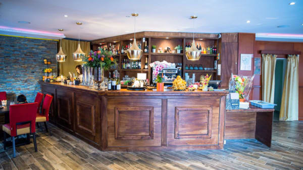 Bar - Le Mahal, Saint-Genis-Pouilly