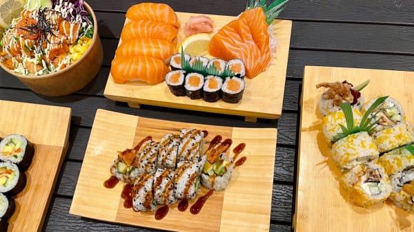 Sushi & Poke bowl - Izakaya Japanese Bar, Bristol