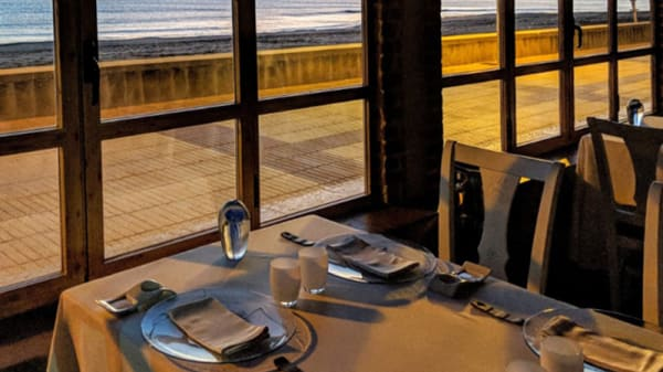 Sala - Manuel Alonso Restaurante, Daimus