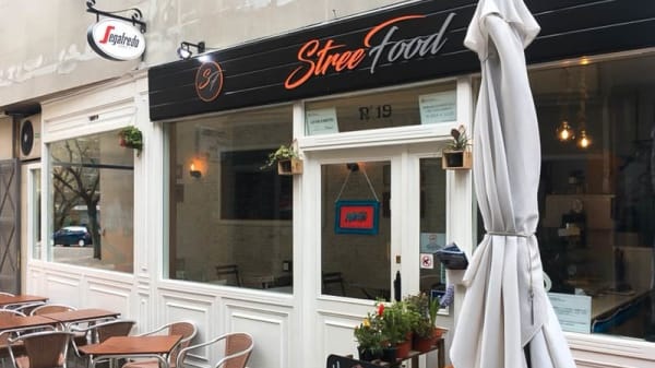 Fachada - Street Food Bar, Cerdanyola Del Valles