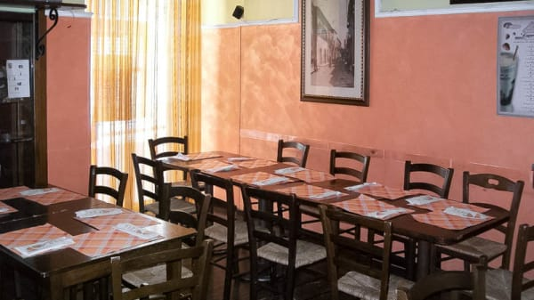 sala - Royal Pub, Randazzo
