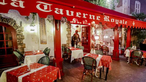 Devanture - La Taverne Royale, Hyères