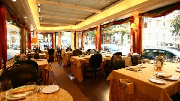 Sala interna - Cafè Veneto, Rome