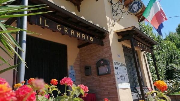 Ristorante Il Granaio, Coltano Radio