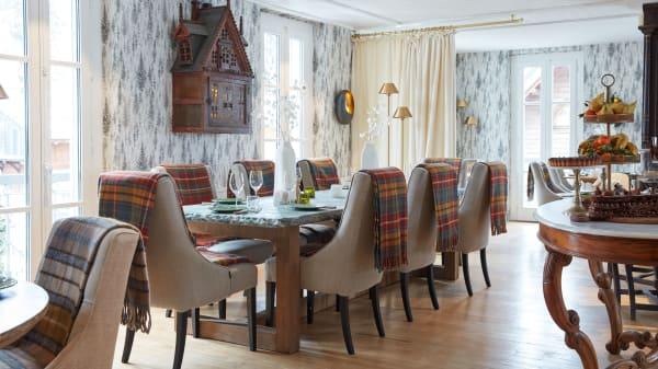 Salle à manger avec son Garde manger Savoyard  - Restaurant Grand Hôtel Soleil d'Or, Megève