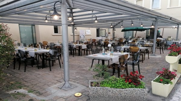 terrazza - Ristorante Pizzeria Archibugio, Ferrara