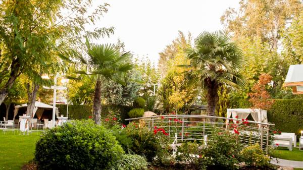 Vista jardín - Mirador de Cuatrovientos, Madrid