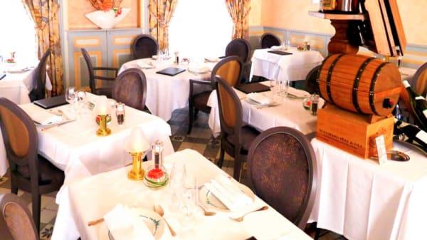 Vue de l'intérieur - Restaurant de la Basilique, Paray-le-Monial