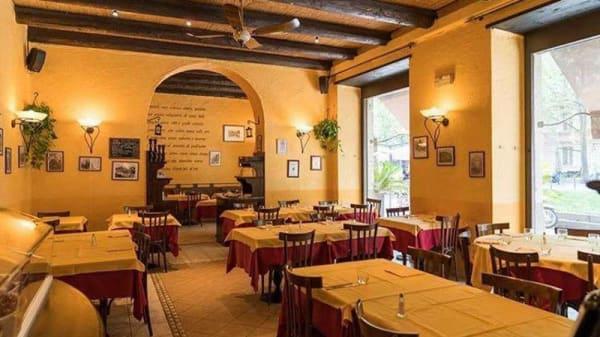 Vista sala - La Taverna dei Golosi, Milano