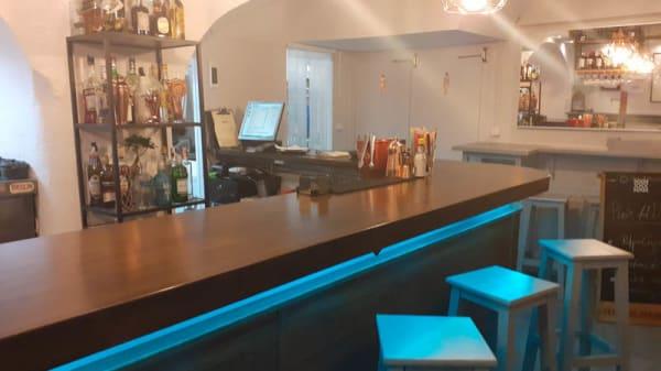 vista sala - Vuela Tapas & Cocktail Bar, Sevilla