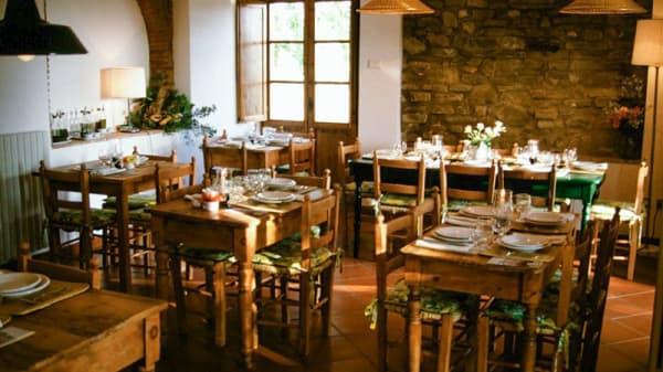 Interno - San Vito Restaurant, Camaioni