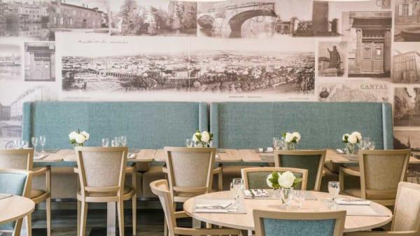 Vue de la salle - La Table d´Orlhac, Aurillac