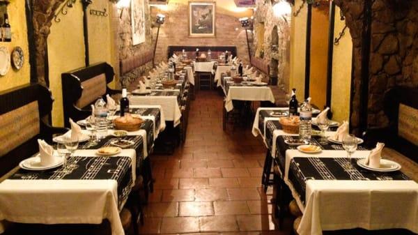 Sala - Taverna dos Trovadores