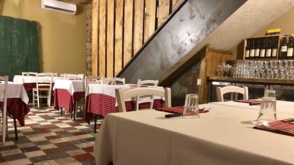 sala piano inferiore - Trattoria bisteccheria Bruno, Pontecagnano