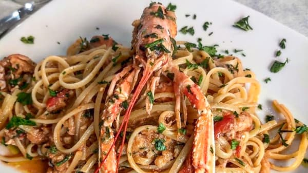 LINGUINE ALGLI SCAMPI - La Perla del Mare (ristorante-pizzeria), Riposto