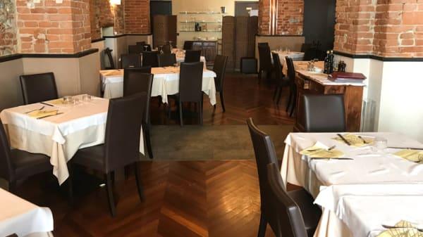 Sala - A Taverna E Michelemma', Turin