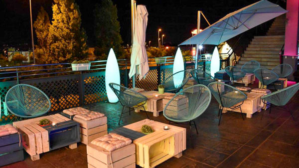 Vista terraza - Cube Food & Drink, Manresa