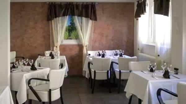 Salle du restaurant - La Table Charolaise, Dagneux