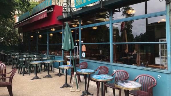 Devanture - L'Esplanade Brasserie, Vincennes