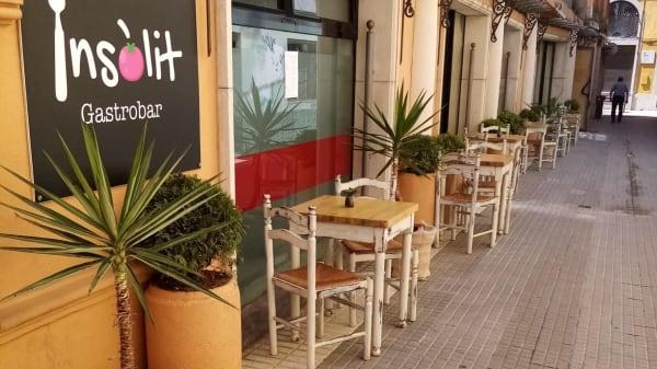 Terraza en el fachada del local - Insolit Gastrobar, Malgrat De Mar