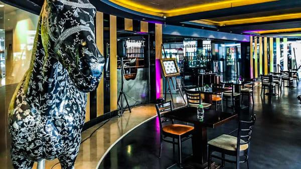 localizado al ingreso del hotel - Lobby Bar Imperio, Buenos Aires