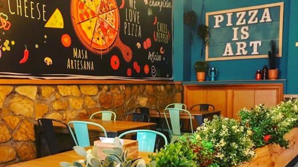 Sala - Servus Pizza Bar, Barakaldo