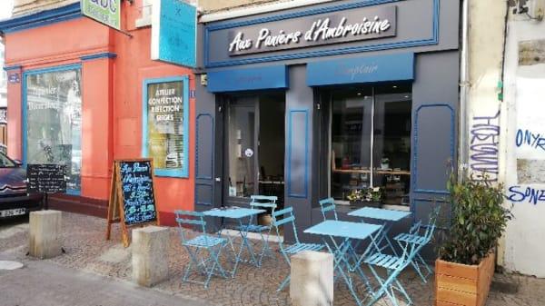 Devanture du restaurant - Aux paniers d'Ambroisine, Lyon