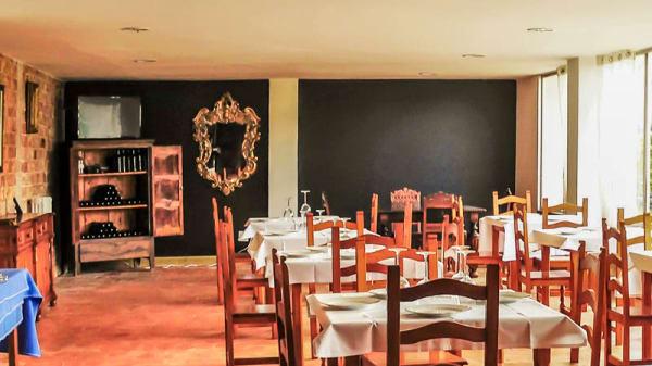 Vista sala - Vintage - Hotel Montes Blancos, Ezcaray