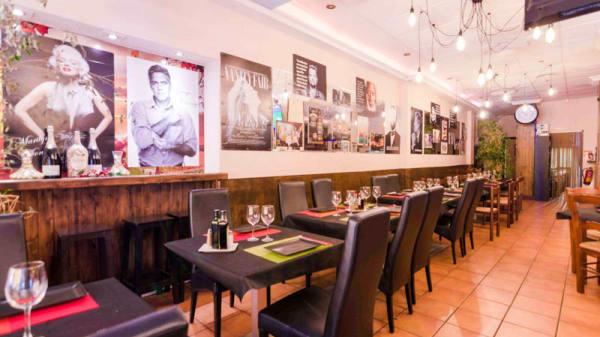 Vista de la sala - LIBERTY Restaurant Fuengirola, Fuengirola