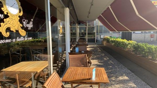 Spazio esterno - Driver Food Cafè, Modena