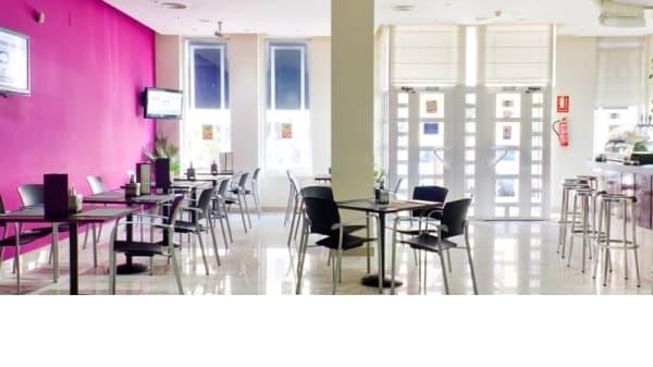 Vista Sala - Gran Café - Hotel Traíña, San Pedro Del Pinatar