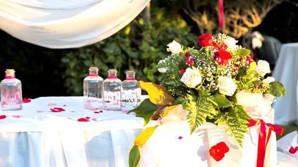 Particolare decorazione per cerimonie - L'Altra Tappa, Ciampino