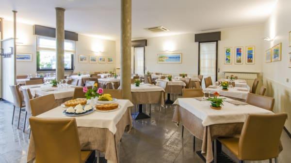 Interno - Amalfi, Bergamo