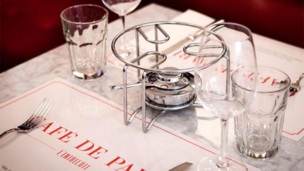 Detalle mesa - L'Entrecote Café de Paris - Félix Boix, Madrid